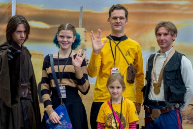 My favorite moment: Star Wars and Star Trek characters happily together for a photo