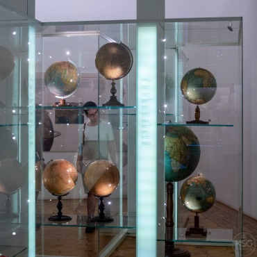 Globes, globes, and more globes