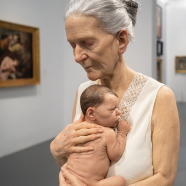 Sam Jinks - Woman and Child (2010)